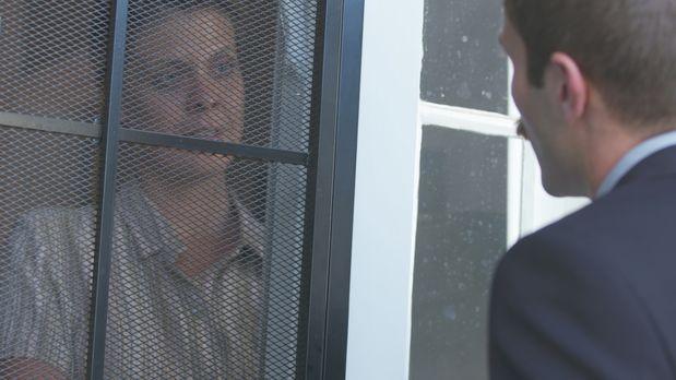 """Im Jahr 1998 kehrt Michigan State Police Detective Robert """"Bronco""""..."""