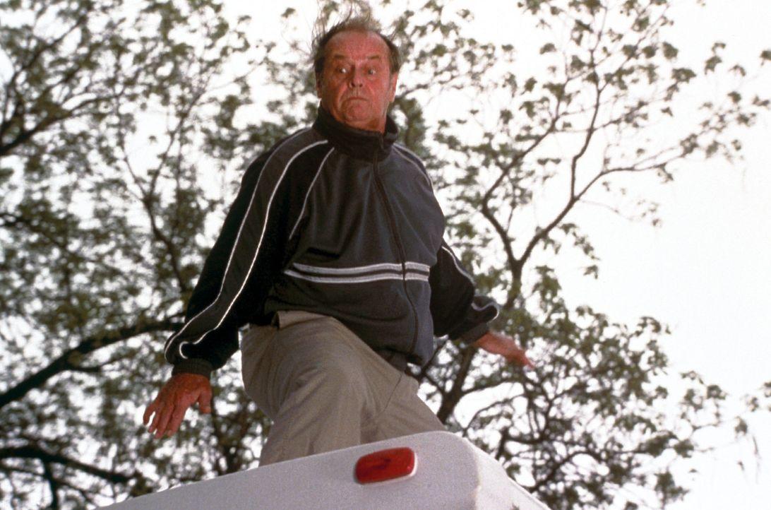 Nichts mit seinem Leben anzufangen, hat Schmidt (Jack Nicholson) nur noch ein Ziel. Er will sich mit seiner Tochter versöhnen, die in Denver lebt.... - Bildquelle: New Line Cinema