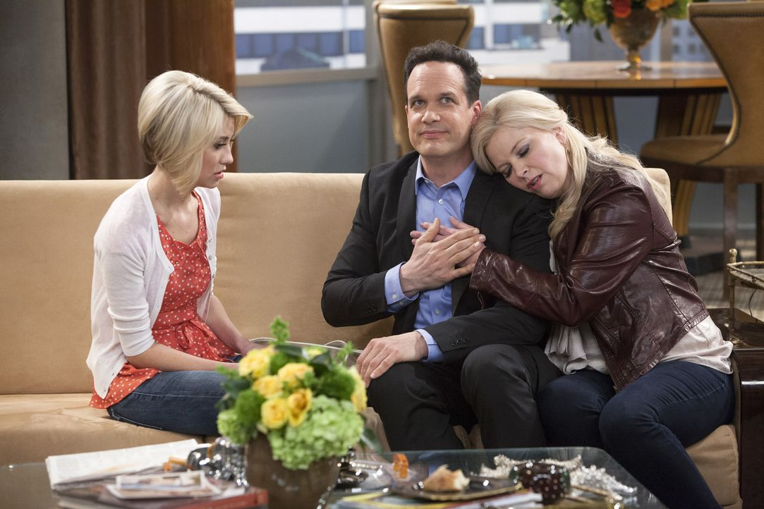 Nachdem Tod von Fitch lernt Riley (Chelsea Kane, l.) dessen Vater (Diedrich Bader, M.) kennen, der sie bittet eine Grabrede zu halten. Keine leichte... - Bildquelle: Bruce Birmelin ABC Family