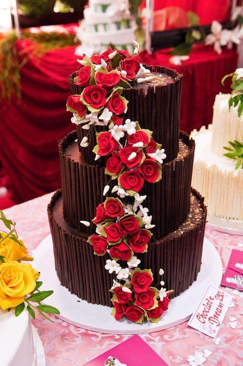Hochzeitstorte-Schokolade-Andrea-Warnecke-dpa-tmn - Bildquelle: Andrea Warnecke/dpa/tmn