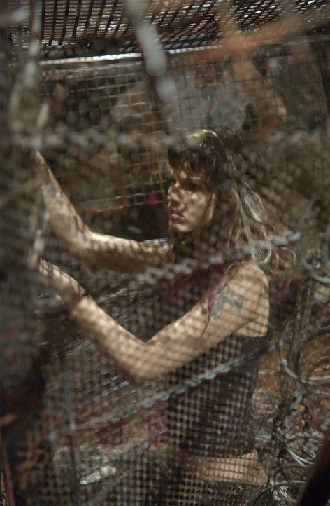 Kann Kira (Samantha Noble) dem wahnsinnigen Serienkiller noch entkommen?