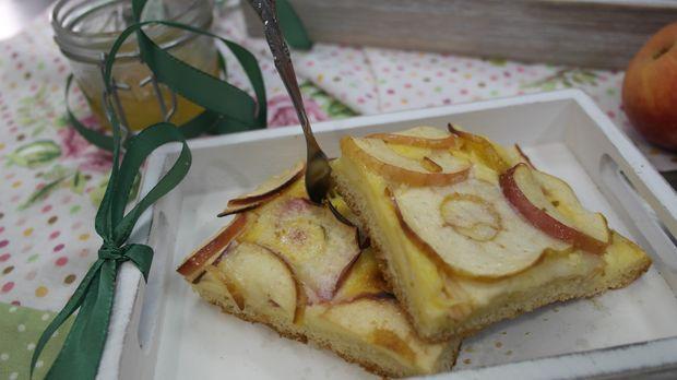 Apfelkuchen mit Eierlikör