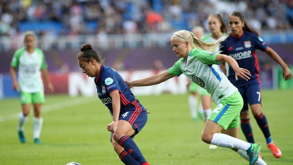 Wolfsburg trifft auf Titelverteidiger Olympique Lyon - Bildquelle: FIROFIROSID