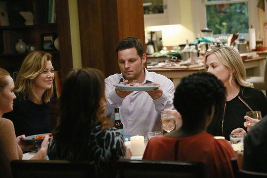 Grey's Anatomy - Eine Dinnerparty mit unerwartetem Ausgang: (v.l.n.r.) Penny...