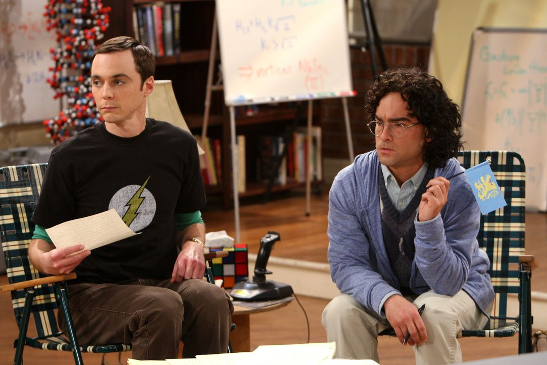 Es war einmal: Sheldon (Jim Parsons, l.) und Leonard (Johnny Galecki, r.) ... - Bildquelle: Warner Bros. Television