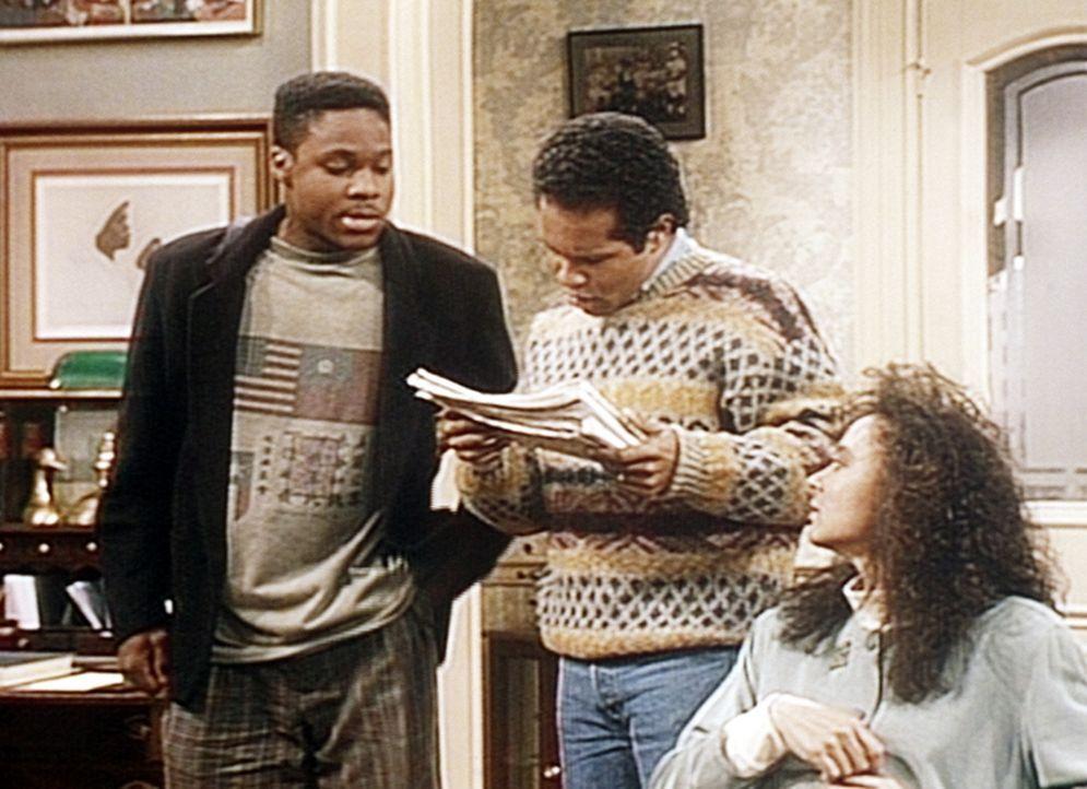 Theo (Malcolm-Jamal Warner, l.) hat schon eine passende Wohnung für Elvin (Geoffrey Owens) und Sondra (Sabrina LeBeauf, r.) gefunden. - Bildquelle: Viacom