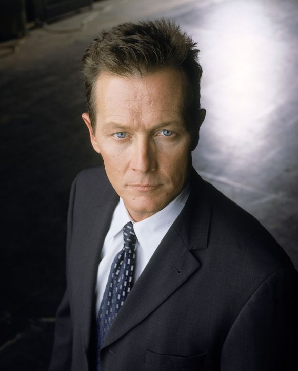 (8. Staffel) - FBI-Agent John Doggett (Robert Patrick). - Bildquelle: TM +   2000 Twentieth Century Fox Film Corporation. All Rights Reserved.