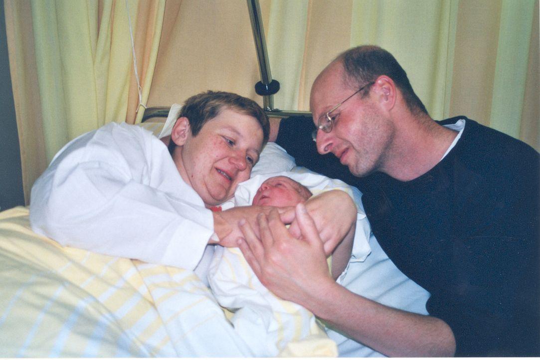 """""""K1 Die Reportage"""" hat Jörg (r.) und seine Frau (l.) auf dem Weg in den Kreissaal begleitet ... - Bildquelle: ProSiebenSat.1 TV"""