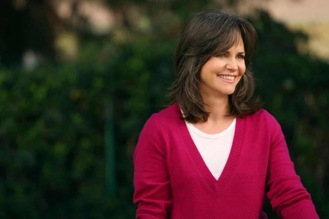 Roger hat sich für Nora (Sally Field) von seiner Frau getrennt ... - Bildquelle: 2008 ABC INC.