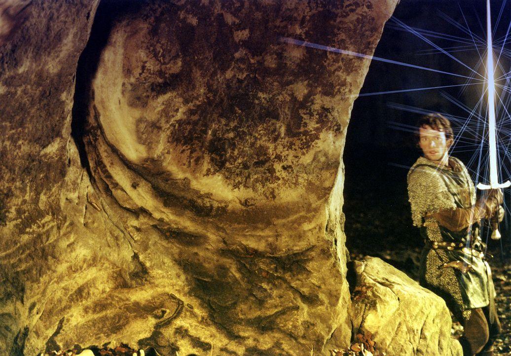 England, 12. Jahrhundert: Der edle Kreuzritter George (James Purefoy) muss sich mit Drachen, hemmungslosen Rivalen und einer schönen Maid herumschla... - Bildquelle: ApolloMedia