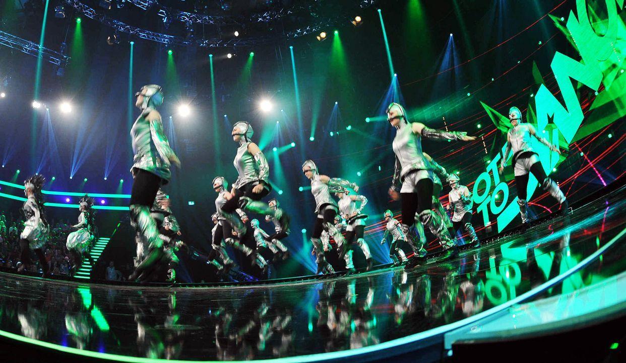 Got-To-Dance-Kosmosgruppe-07-SAT1-ProSieben-Willi-Weber - Bildquelle: SAT.1/ProSieben/Willi Weber