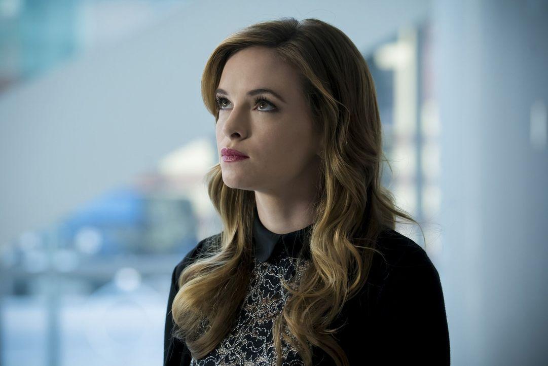 Caitlin (Danielle Panabaker) will endlich herausfinden, was mit ihr geschehen ist und hofft an unerwarteter Stelle auf einen Rat ... - Bildquelle: 2016 Warner Bros.