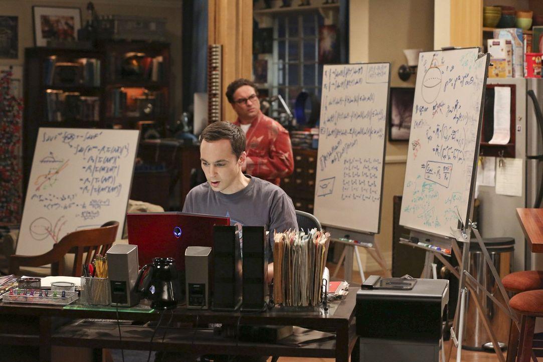 Müssen sich gegen mobbingartige Kritik aus dem Internet wehren: Sheldon (Jim Parsons, l.) und Leonard (Johnny Galecki, r.) ... - Bildquelle: Warner Bros. Television