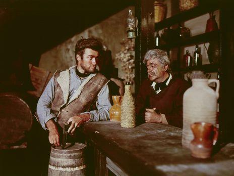 Für eine Handvoll Dollar - Der schießfreudige Desperado Joe (Clint Eastwood,...