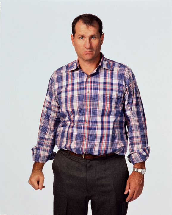 (7. Staffel) - Am liebsten sitzt der Schuhverkäufer Al Bundy (Ed O'Neill) auf seiner Couch ... - Bildquelle: Sony Pictures Television International. All Rights Reserved.