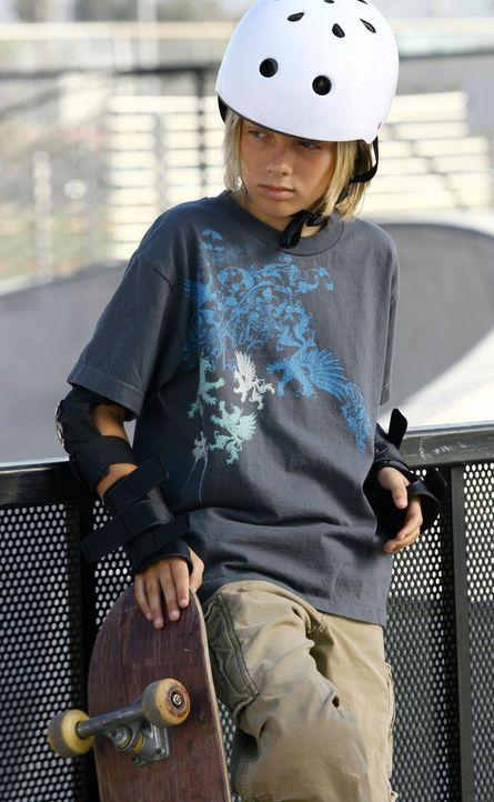 Brian (Dean Misch) tut es leid, dass er Michael geschlagen hat. Er bringt Cooper auf die richtige Spur ... - Bildquelle: 2007 American Broadcasting Companies, Inc. All rights reserved.
