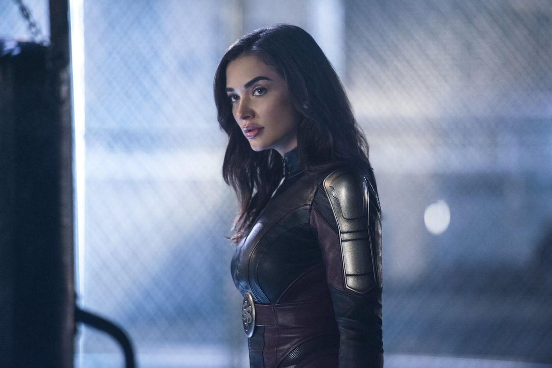 Lässt sich Imra (Amy Jackson) auf einen Kampf gegen Reign ein, während Kara alles dafür tut, aus dem Koma zu erwachen? - Bildquelle: 2017 Warner Bros.