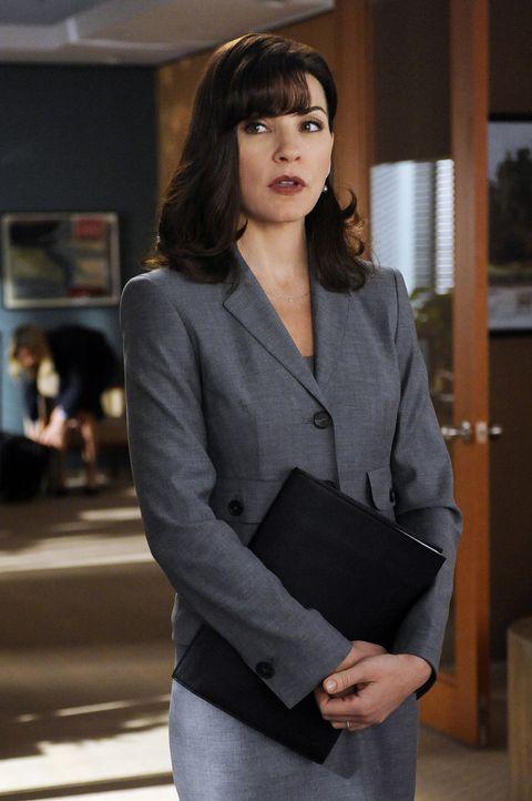 Im aktuellen Fall begeht Alicia Florrick (Julianna Margulies) einen Fehler, der für ihren Mandanten fatale Folgen hat ... - Bildquelle: 2011 CBS Broadcasting Inc. All Rights Reserved.
