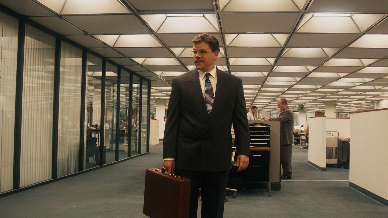 Liefert seine Chefs ans Messer, obwohl er selbst keine reine Weste hat: Bio-Chemiker Dr. Mark Whitacre (Matt Damon) ... - Bildquelle: Warner Bros. Pictures