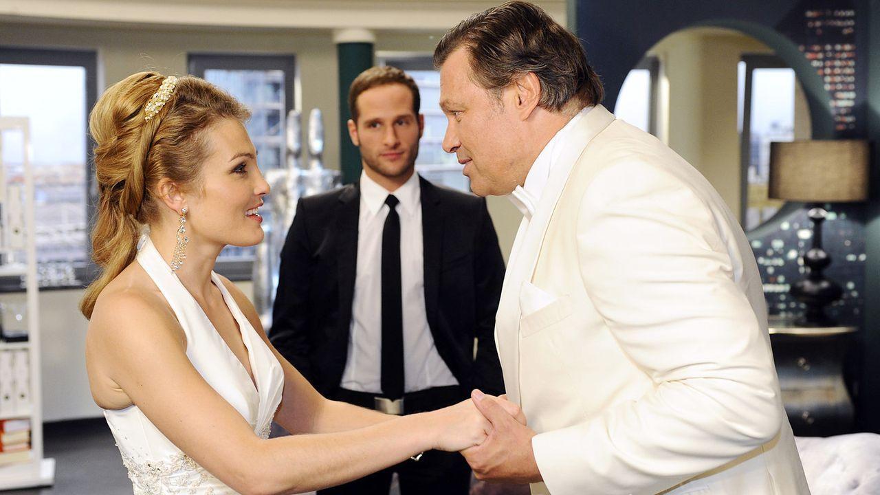 Anna-und-die-Liebe-Folge-500-07-SAT1-Oliver-Ziebe - Bildquelle: SAT.1/Oliver Ziebe
