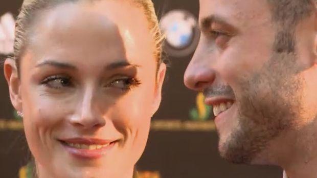 Am 14. Februar 2013 erschießt Oscar Pistorius (r.) seine Lebensgefährtin Reev...