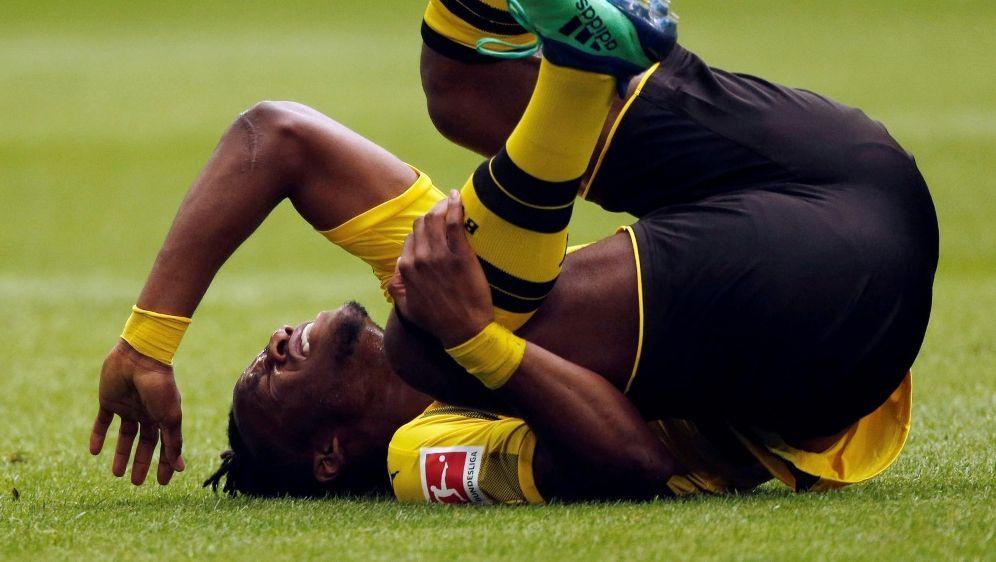 Batshuayi hat sich beim Derby eine Verletzung zugezogen - Bildquelle: PIXATHLONPIXATHLONSID