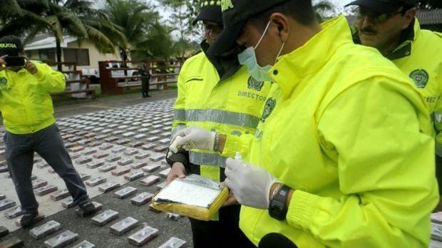 100 Sekunden: Drogen-Schmuggel