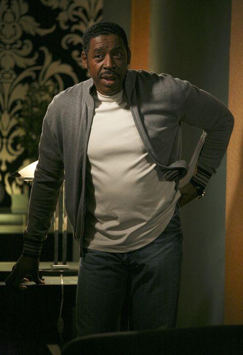 Kann Dr. Fields (Ernie Hudson) Ricky von seinem Trauma befreien? - Bildquelle: ABC Family
