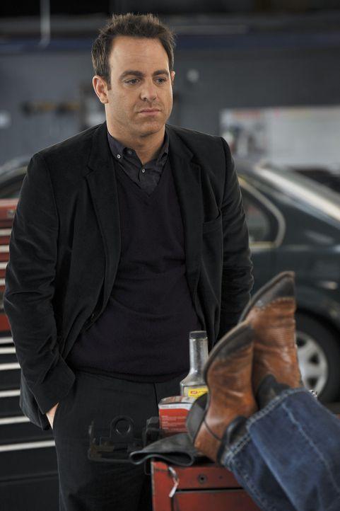 Befürchtet, dass Charlotte immer noch Gefühle für ihren Ex-Ehemann Billy hat: Cooper (Paul Adelstein) ... - Bildquelle: ABC Studios