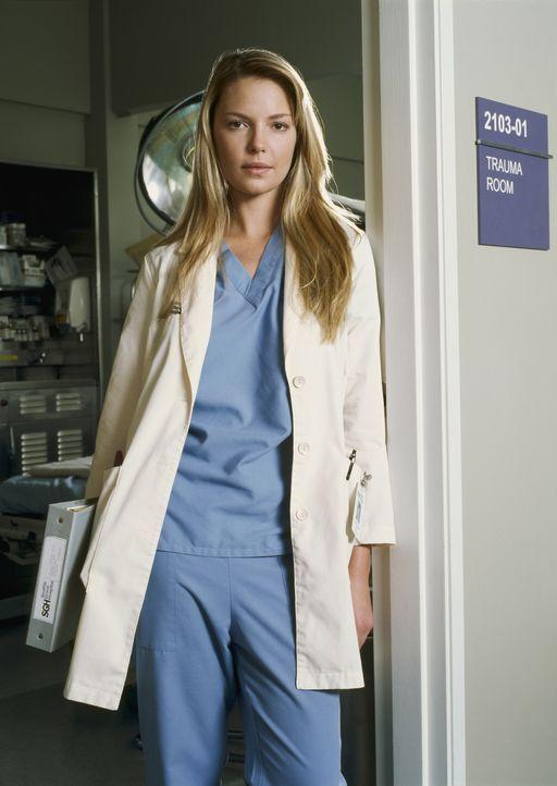 (1. Staffel) - Genauso ahnungslos wie die anderen Assistenzärzte wird Dr. Isobel 'Izzie' Stevens (Katherine Heigl) auf die Patienten losgelassen ... - Bildquelle: Touchstone Television
