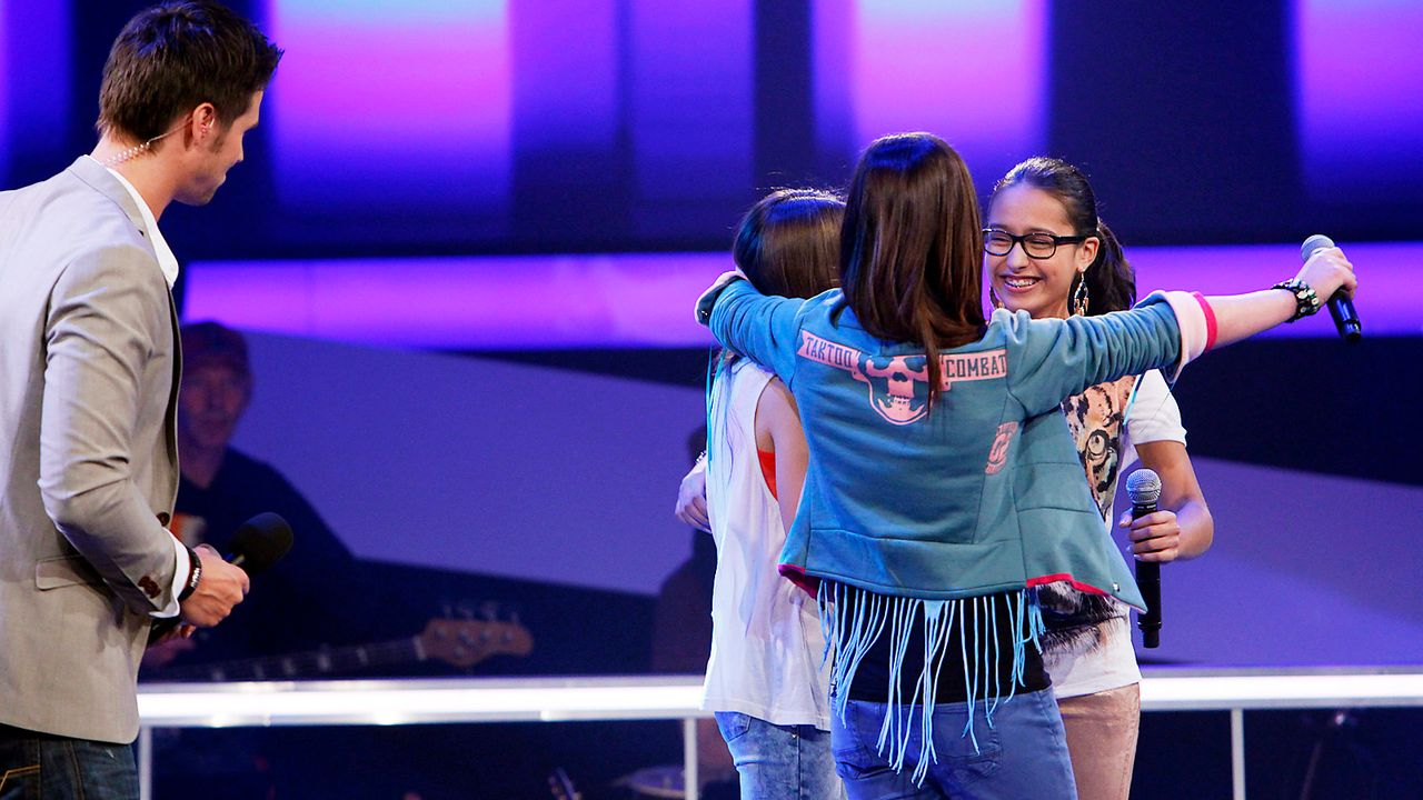 The-Voice-Kids-epi05-ImanMairaMalin-1-SAT1-Richard-Huebner - Bildquelle: SAT.1/Richard Hübner