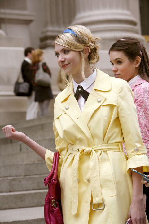 Jenny (Taylor Momsen) ist glücklich mit ihrem Märchenprinzen Asher. Dass dieser jedoch ein ziemlich dunkles Geheimnis mit sich trägt, ahnt sie ni... - Bildquelle: Warner Bros. Television