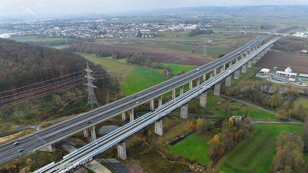 Neue Bahnstrecke