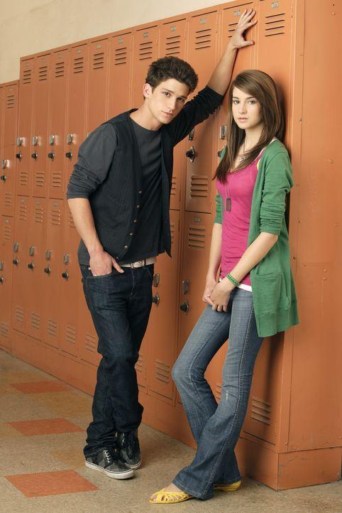 (1. Staffel) - Hätten Amy (Shailene Woodley, r.) und Ricky (Daren Kagasoff, l.) im Biologie-Unterricht mal besser aufgepasst ... - Bildquelle: ABC Family