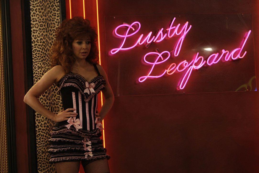 Barney nimmt Marshall mit in einen Strip-Club, dort angekommen treffen sie auf eine Stripperin, die aussieht wie Lily (Alyson Hannigan) ... - Bildquelle: 20th Century Fox International Television