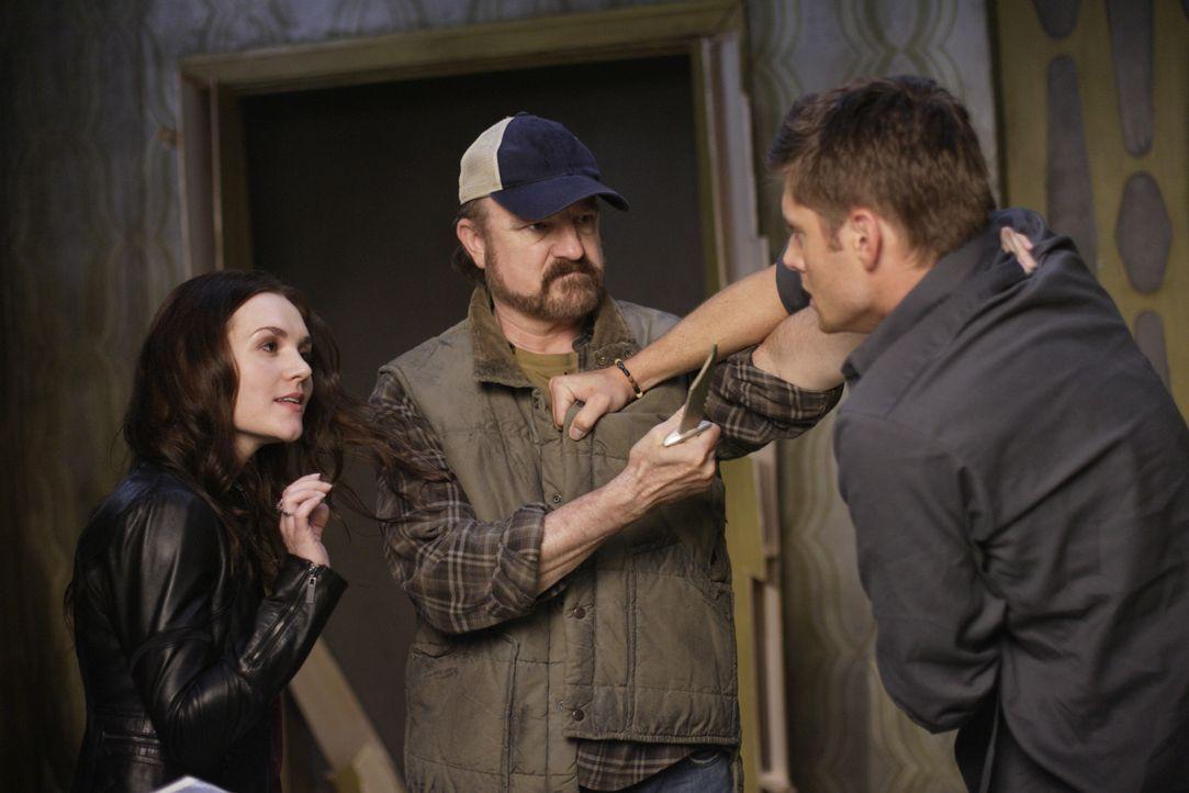 Was geschieht zwischen Meg (Rachel Miner, l.), Bobby (Jim Beaver, M.) und Dean (Jensen Ackles, r.)? - Bildquelle: Warner Bros. Television