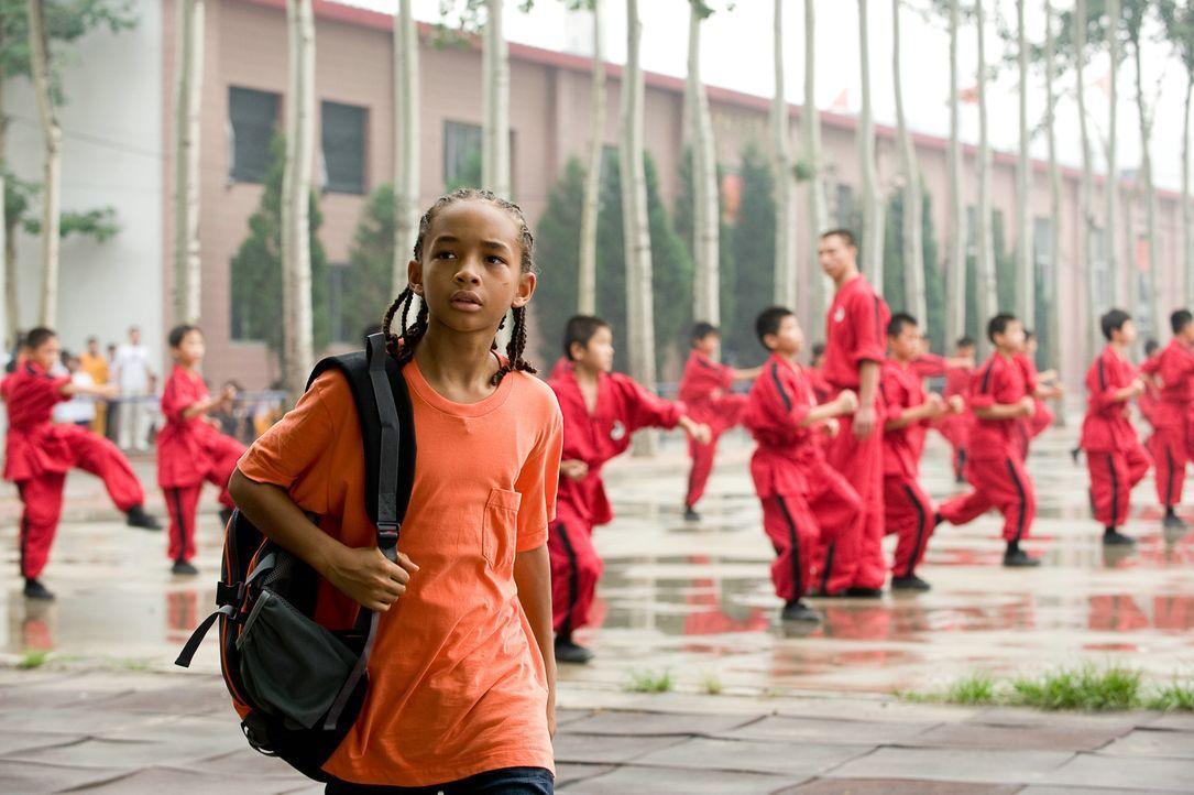 Der zwölfjährige Dre (Jaden Smith) muss zusammen mit seiner Mutter nach China ziehen, wo er keine Freunde findet. Als er sich in seine Klassenkamera... - Bildquelle: 2010 CPT Holdings, Inc. All Rights Reserved.