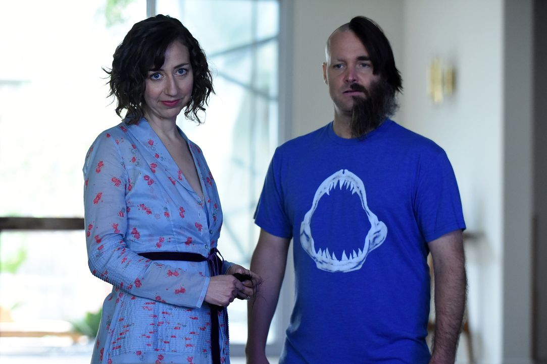 Carol (Kristen Schaal, l.) gibt ihr Bestes, um ihrem Ehemann Tandy (Will Forte, r.) zu unterstützen, während Todd mit den Folgen von zwei Geliebten... - Bildquelle: 2015-2016 Fox and its related entities.  All rights reserved.