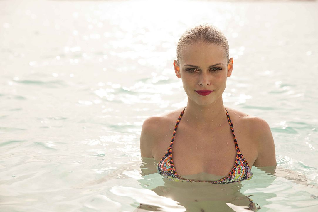 GNTM-Stf10-Epi13-Bikini-Shooting-Malediven-118-Darya-ProSieben-Boris-Breuer - Bildquelle: ProSieben/Boris Breuer
