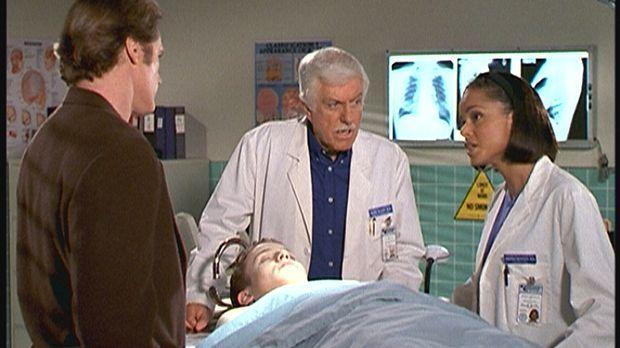 Steve (Barry Van Dyke, l.) und Mark (Dick Van Dyke, M.) erfahren von Amanda (...