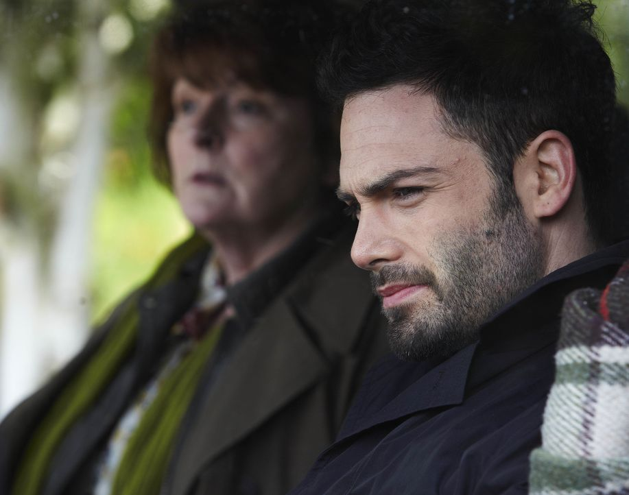 Vera Stanhope (Brenda Blethyn, l.); Joe Ashworth (David Leon, r.) - Bildquelle: Helen Turton ITV Studios/Helen Turton