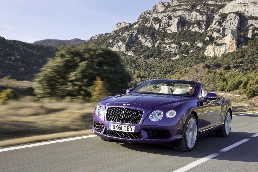 Da scheint die Sonne gleich noch ein Bisschen heller: Wer im neuen Bentley Continental GTC V8 Platz nimmt, der sehnt die nächste Cabriosaison förm... - Bildquelle: kabel eins