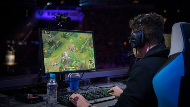 ran eSports - Professional. Gaming. Magazine. - Bei den Intel Extreme Masters...