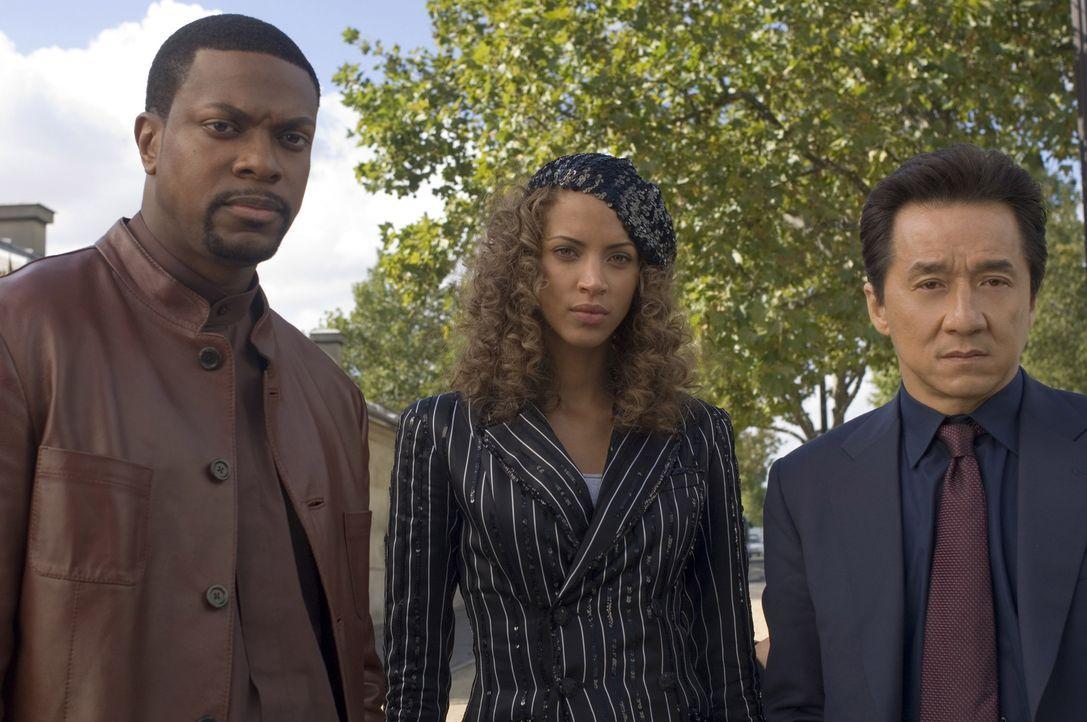 Noch wissen Detective Carter (Chris Tucker, l.) und Chief Inspector Lee (Jackie Chan, r.) nicht, ob sie der schönen Geneviève (Noémie Lenoir; M.) ve... - Bildquelle: Warner Bros.