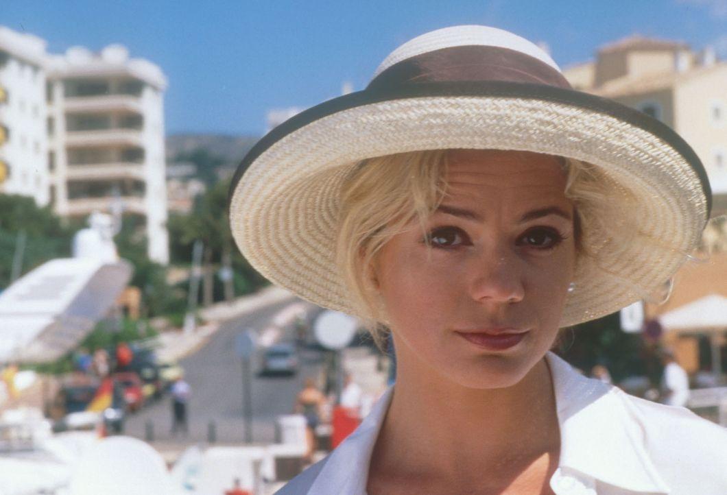 Als Tommie  und Mario erfahren, dass die hübsche Maja (Diana Frank) auch nach Mallorca fliegt, sind sie hellauf begeistert. - Bildquelle: Constantin Film