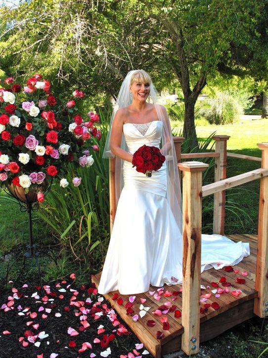 Julie ist davon überzeugt, dass ihre Hochzeit die beste sein wird. Sehen das ihre Konkurrentinnen genauso? - Bildquelle: Richard Vagg DCL