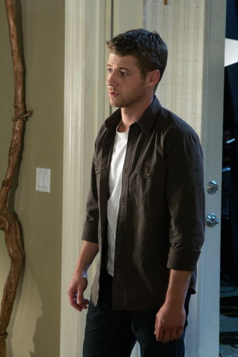 Thanksgiving steht vor der Tür. Volchok ist zurück in Newport und Ryan (Benjamin McKenzie) will sich nun endlich an ihm rächen ... - Bildquelle: Warner Bros. Television