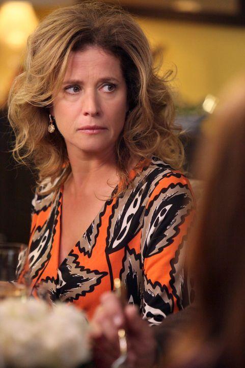 Bree lädt Keith' Eltern Mary (Nancy Travis) und Richard zu einem Thanksgivingsessen ein und findet sich bald mitten in einem Ehestreit zwischen den... - Bildquelle: ABC Studios