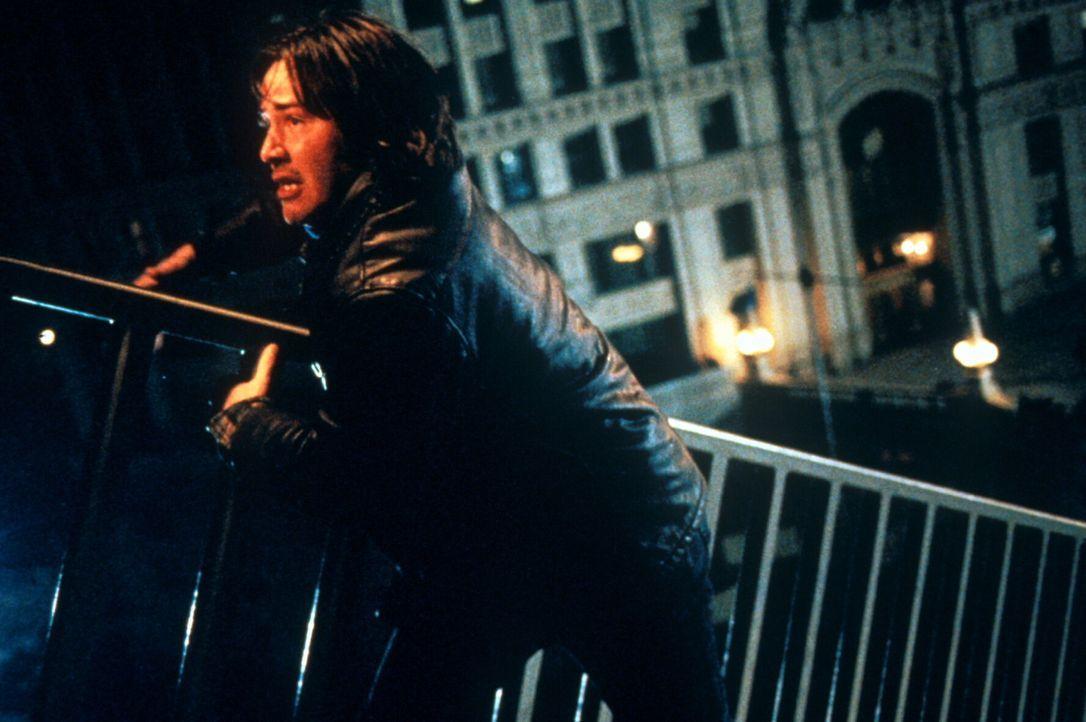 Unschuldig gejagt: Eddie Kasalivich (Keanu Reeves) kommt einem hochbrisanten Komplott auf die Spur ...