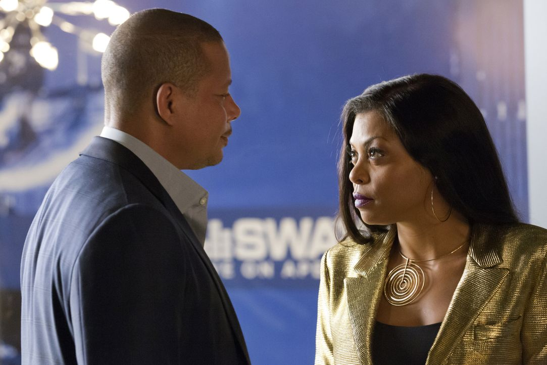 Der Kampf zwischen Cookie (Taraji P. Henson, r.) und Lucious (Terrence Howard, l.) geht weiter ... - Bildquelle: Chuck Hodes 2015-2016 Fox and its related entities.  All rights reserved.